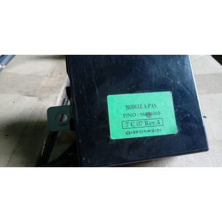 96646068 Блок управления парктроником Шевроле Эпика (Chevrolet Epica)