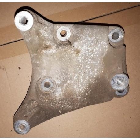 Кронштейн компрессора кондиционера Шевроле Кобальт (Chevrolet Cobalt)