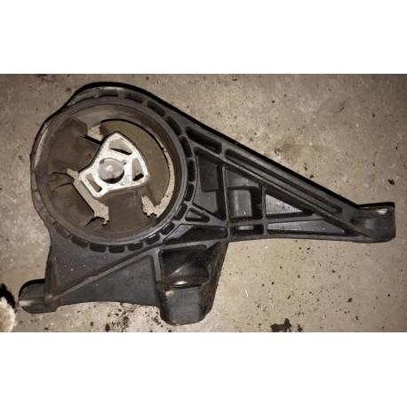 Подушка двигателя Шевроле Орландо (Chevrolet Orlando I) передняя АКПП