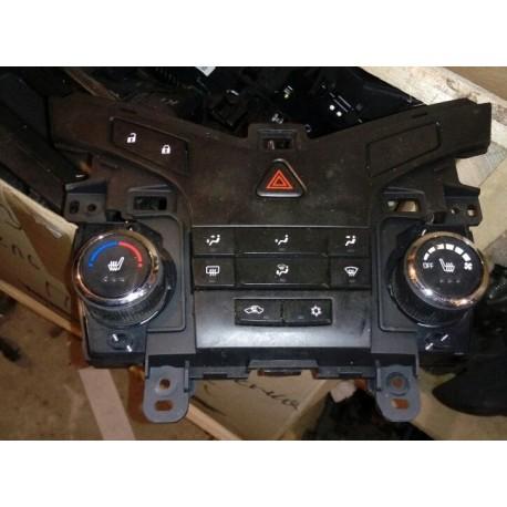 Блок управления печкой Шевроле Круз (Chevrolet Cruze I)
