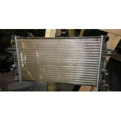Радиатор охлаждения Опель Астра (OPEL ASTRA J) механика не оригинал