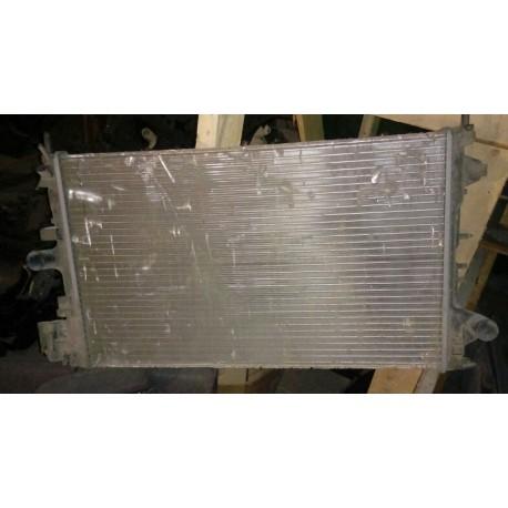 Радиатор охлаждения Опель Вектра (Opel Vectra) 24418340