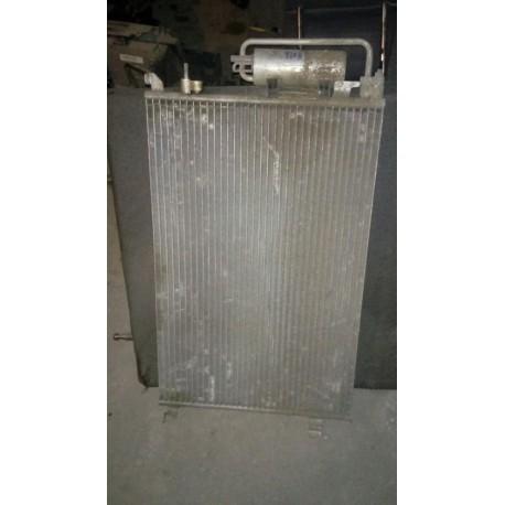 Радиатор кондиционера Опель Вектра (Opel Vectra) 879740a